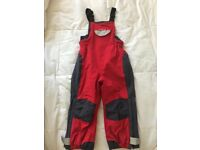 £25 - VGC Spotter Otter, Fleece lined, waterproof dungarees/salopettes, age 3-4. Collection only.