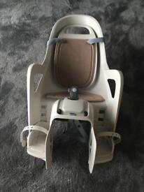 Child bicycle seat - pannier type