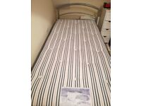 Single bed with hide away guest bed