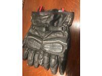Heingericke leather gloves