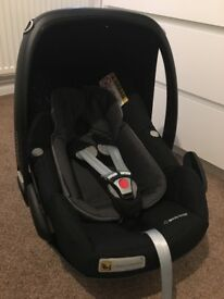 Maxi cosi pebble plus brand new car seat with infant insert
