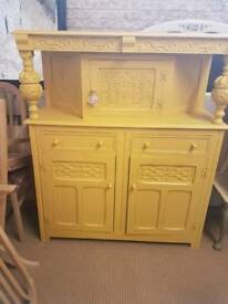 Old charm dresser