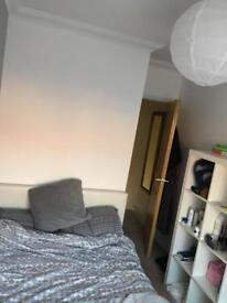 Small double room to rent in poringland 4 miles to norwich