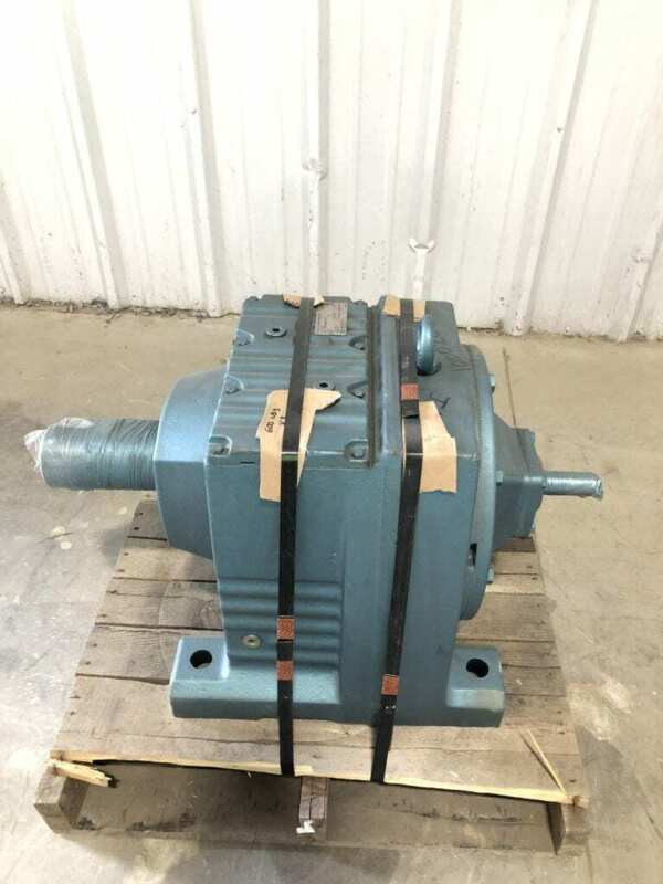 Sew-Eurodrive R137AD4 Speed Reducer 26600lb-in 19.04:1