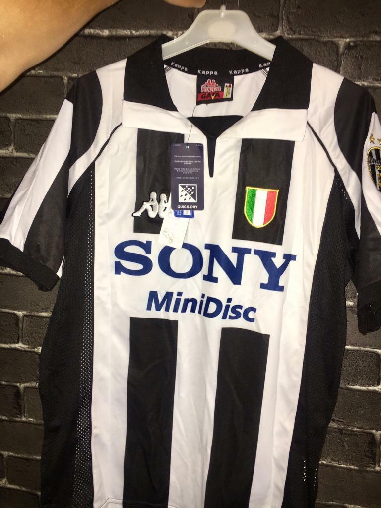 half off bebd8 e6303 Juventus Home Shirt 97/98 Zidane | in Hull, East Yorkshire | Gumtree