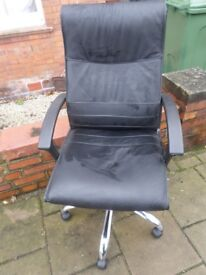 Black leather executive office chair_Used_Good Condition