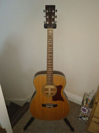 Tanglewood TW70 Acoustic Guitar + Case, Tuner, Strap, Slide & Capo