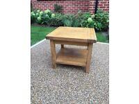 Solid Oak Coffee/side Table