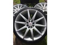 Alloy wheels 18 MoMo multi stud