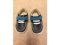 Clarks softly flag first boys navy boat shoes size UK 3.5G