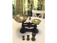Vintage kitchen weighing scales, retro chic