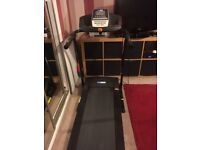 PRO FITNESS Motorised Treadmill with Manual Incline