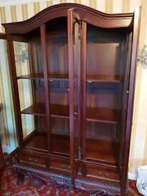 Set of 3 leather sofa, coffee table (solid wood) and display cabinets (solid wood)