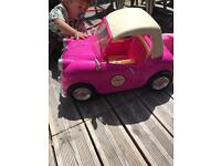 Free pink car for dolls not in the best condition