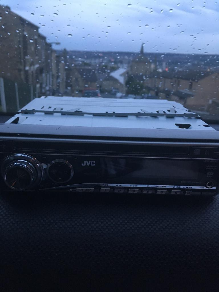 Decks for salein Allerton, West YorkshireGumtree - JVC CD player. Aux MP3 nearly as newComes with full wiring kit. Also can be fitted for a small sum of £5 we also have ment more car CD players with aux
