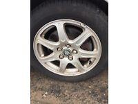Jaguar 17 inch wheels (4)