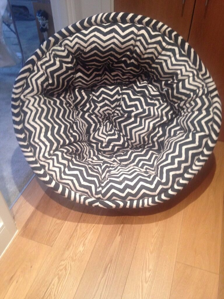 Graham And Green Zig Zag Cocoon Chair