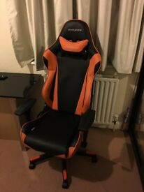 DX Racer gaming chair [R Series]