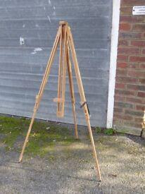 Artist's portable field easel, brand new