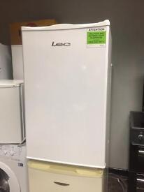 Lec under counter fridge