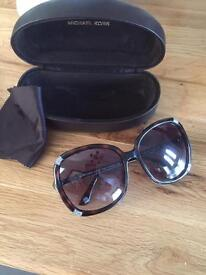 Gorgeous Genuine Michael Kors Ladies Sunglasses