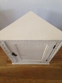 Corner cabinet ideal for bathroom or kitchen