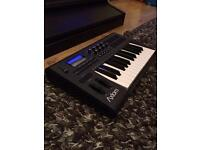 M audio axiom midi controller