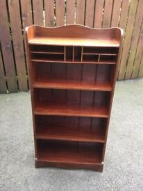 Bookcase for upcycling