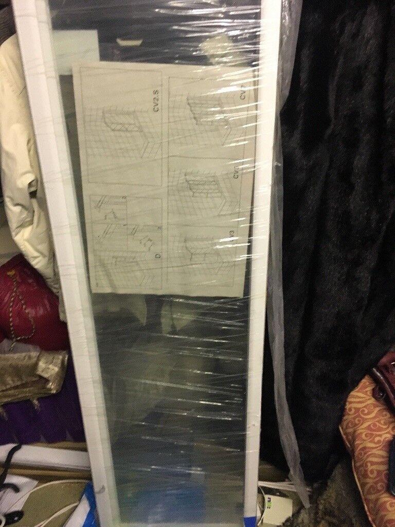 Shower screen - folding