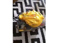 Dyson DC08 T vacuum machine