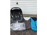 Maxi Cosi CabrioFix Car Seat with Raincover, 2xFootmuffs