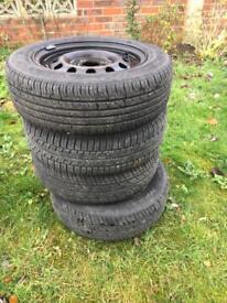 4 Tyres