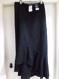 LADIES BLACK M&CO SIZE 28 SKIRT - BRAND NEW WITH TAGS