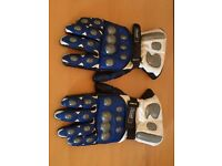 White blue and black Leather and Kevlar armoured Motorcycle gloves - Large