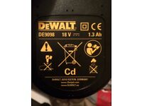 Dewalt battery DE9098 18v brand new