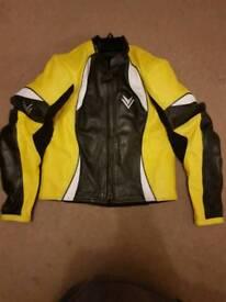 Frank Thomas leather jacket size UK40