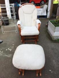 Nursing Chair Dutailer