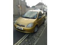 toyota yaris 1 litre good clean condition