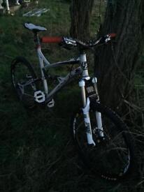 LaPierre Zesty men's bike