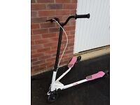 3 Wheel Wiggle Motion Scooter - Tri Motion - Pink
