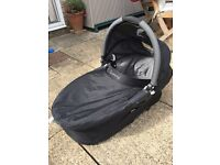 Carry cot to fit the Quinny Buzz and accessories