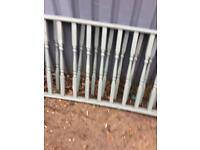 Decking spindles x25