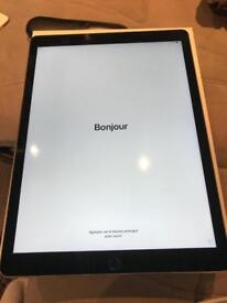 """iPad Pro 12.9"""" 32GB IMMACULATE CONDITION"""