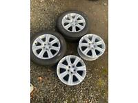 "Genuine Range Rover Evoque 18"" Alloy Wheels 235 60 18 Pirelli Tyres"