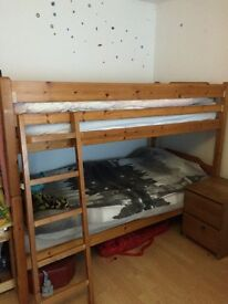 Single pine bunk beds