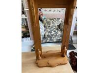 Pine large shelf mirror unit