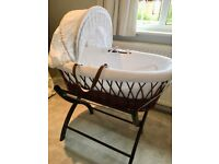 Iziwotnot Wicker Moses Basket and stand (dark)