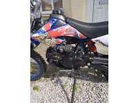 125 pit bike excellent condition