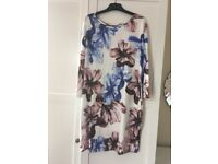 Lady's flowery top brand new