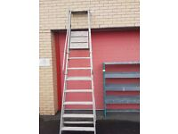 Step Ladder with podium